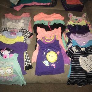 Lot of 21 girls shorts 2t